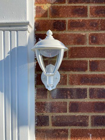 NEW OUTSIDE LIGHT FITTED SHENFIELD